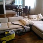 Химчистка дивана на дому 🏆 в Москве заказать выезд на дом недорого - Фото 1
