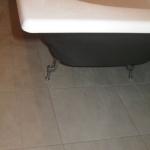 Замена ножек ванны