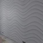 Монтаж рельефного покрытия на стену