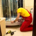 Замена стекла душевой кабины 🏆 в Москве заказать на дом недорого - Фото 1