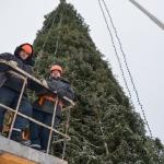 Установка новогодней ёлки 🏆 в Москве заказать на дом недорого - Фото 2