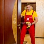 Установка межкомнатных дверей 🏆 в Москве заказать на дом недорого - Фото 6