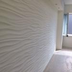Рельефное покрытие на стене