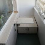 Столик складной и сиденье-шкаф