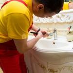 Герметизация раковины, умывальника 🏆 в Москве заказать на дом недорого - Фото 5