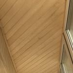 Вагонка на потолок балкона