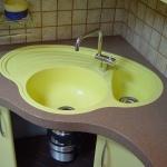 Монтаж кухонной мойки из камня 🏆 в Москве заказать на дом недорого - Фото 7