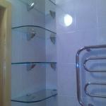 Установка полочки в ванной 🏆 в Москве заказать на дом недорого - Фото 5